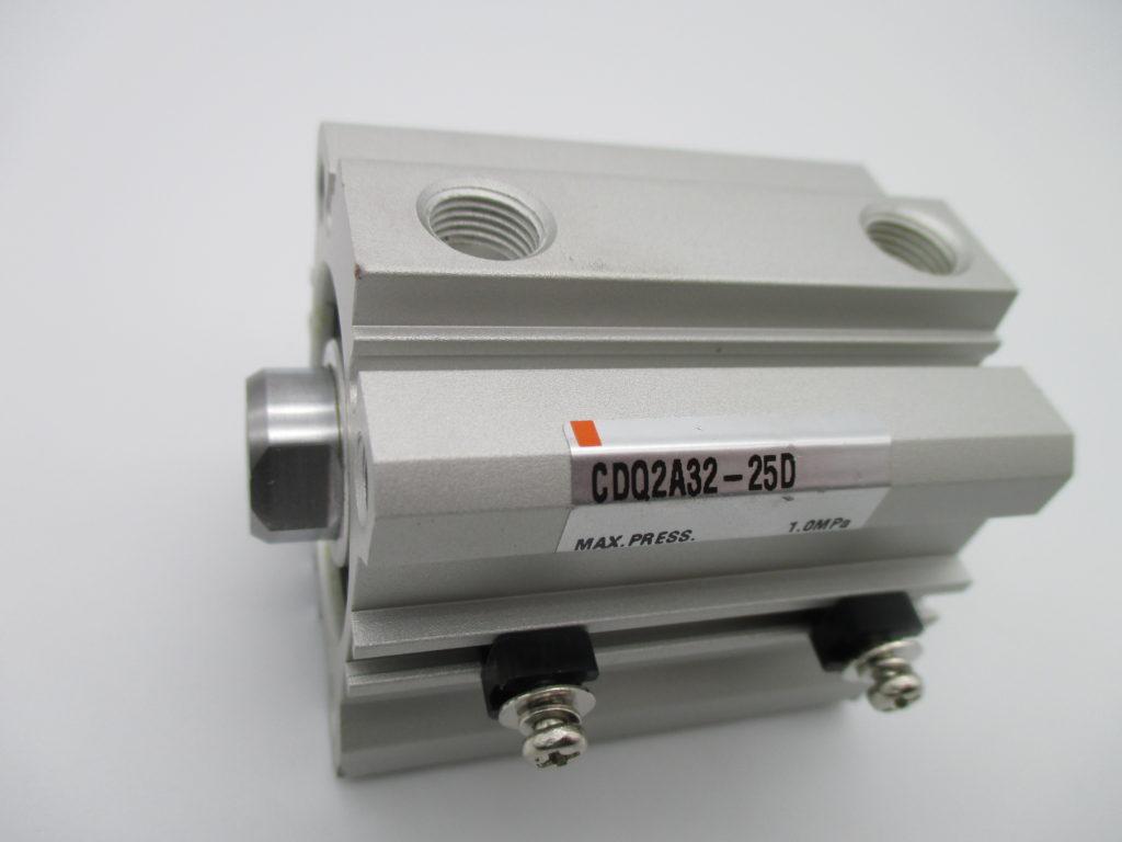 薄型シリンダー - [CDQ2A32-25D]イメージ