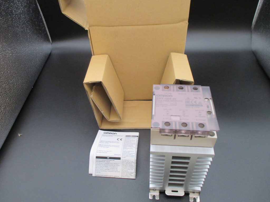 ヒータ用ソリッドステート・コンタクタ - [G3PE-225B-3N(2個)]イメージ