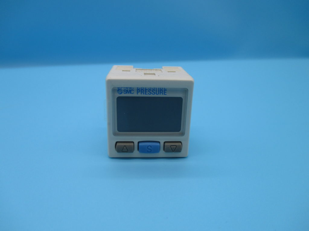 デジタル圧力スイッチ - [ZSE30A-C6L-N]イメージ